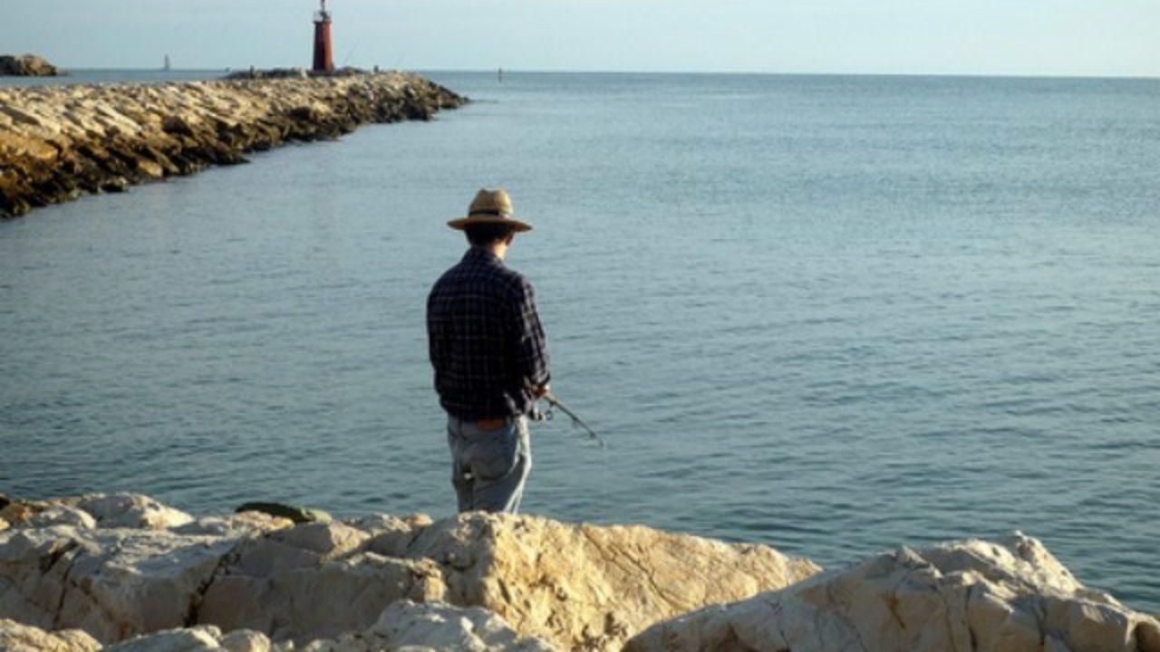 pescar-desde-escollera