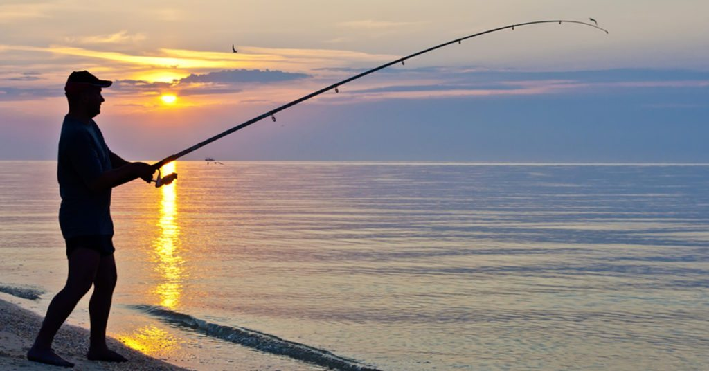 pescar-desde-la-playa